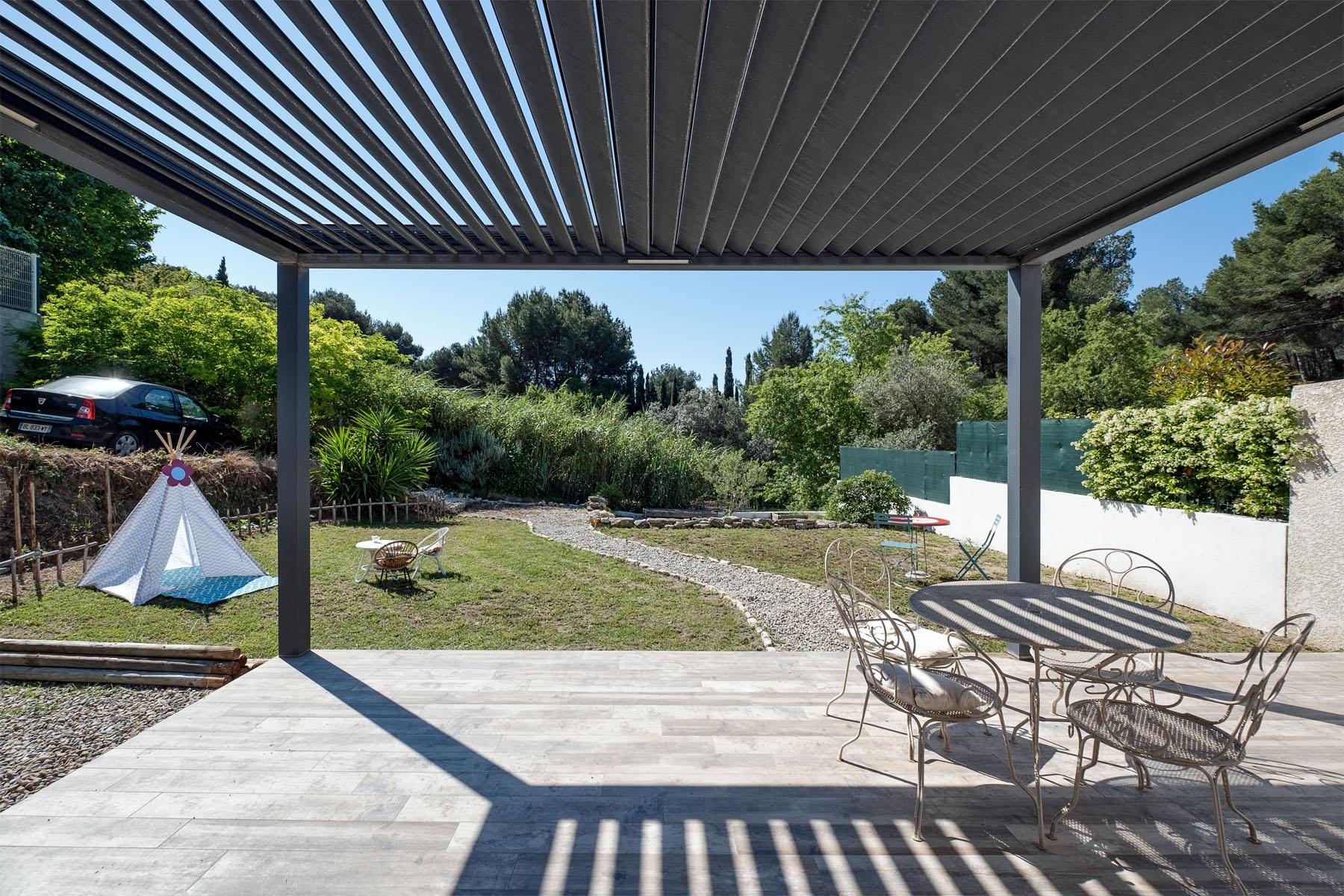 Les pennes Mirabeau Gavotte Verduron haut en EXCLUSIVITE une villa de type 5 – 4 chambres sur un terrain d'environ 745 m2