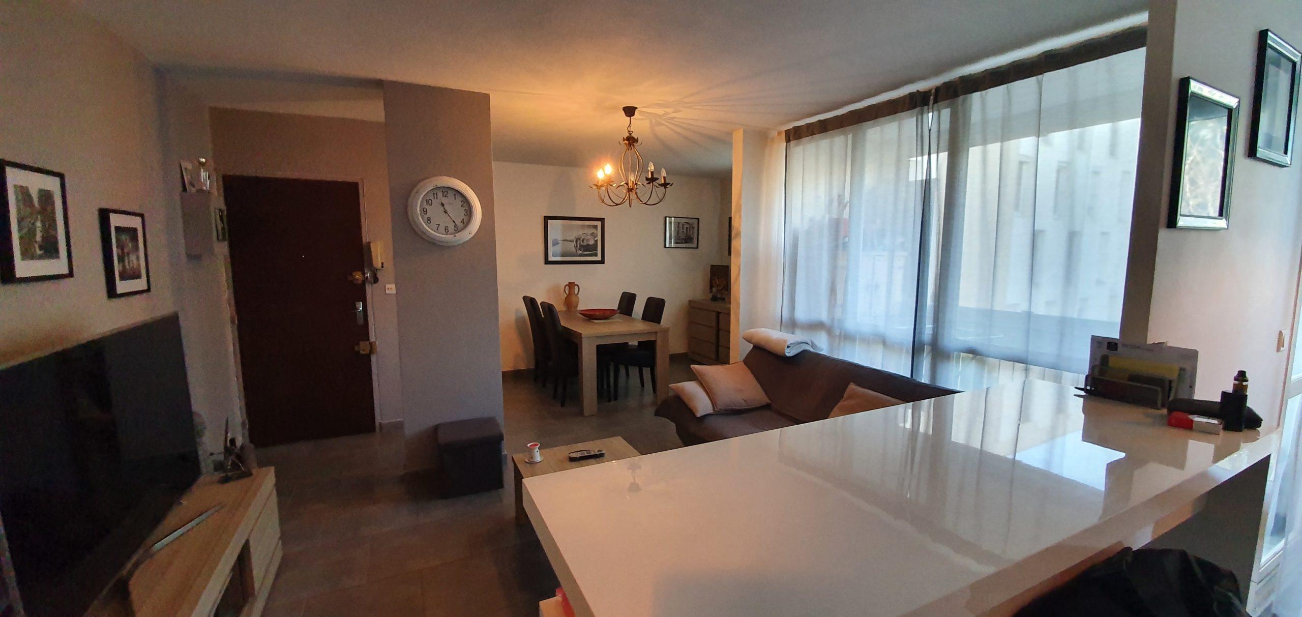 Marignane les pervenches superbe appartement de type  3 en 2 em étage avec place de parking