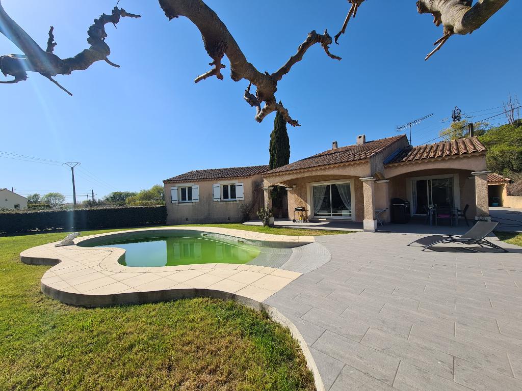 Superbe maison d'architecte de 163 m² sur 1357 m² de terrain avec piscine